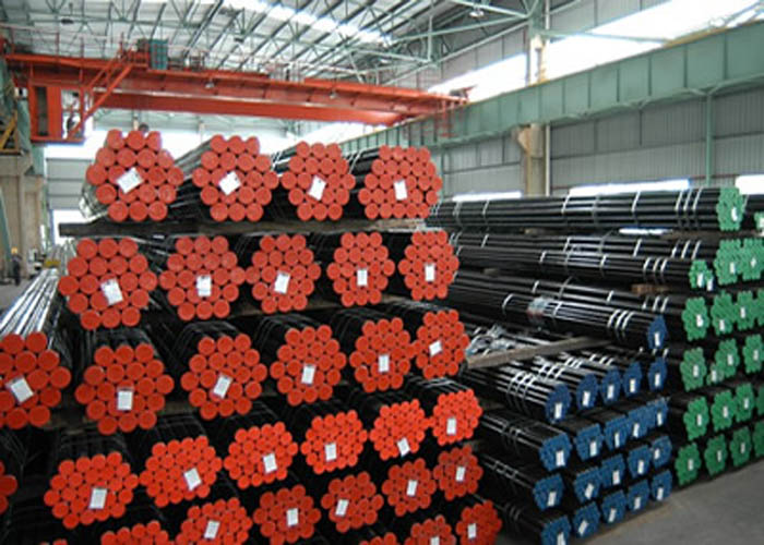 API 5L, API 5CT, ASTM A106 / A53, DIN 2391, EN10305, EN10210 Nahtloses Stahlrohr aus Kohlenstofflegierung